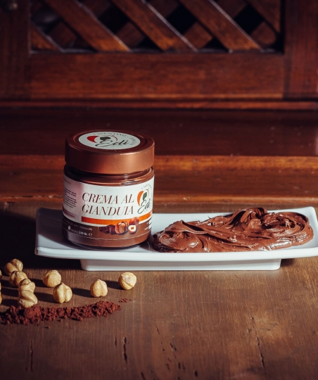 CREMA SPALMABILE AL GIANDUIA